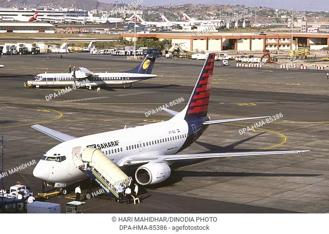 aircraft , santacruz airport , bombay mumbai , maharashtra , India