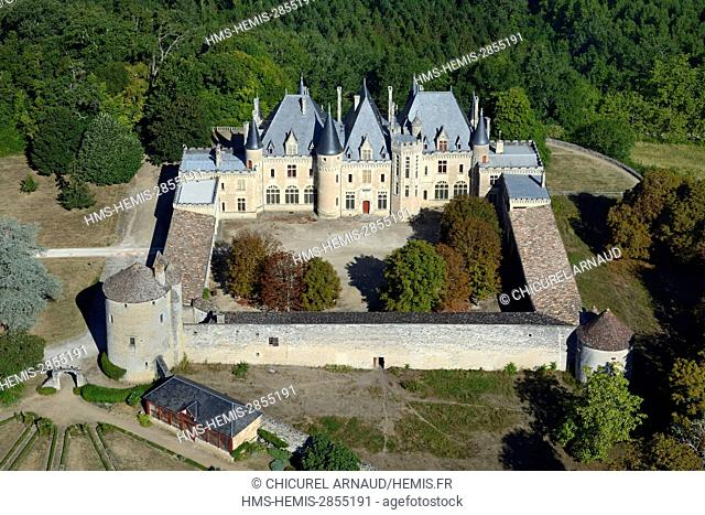 France, Dordogne, Saint Michel de Montaigne, the castle of the french writer Montaigne lived, rebuilt during the late XIX th century and where only the tower on...