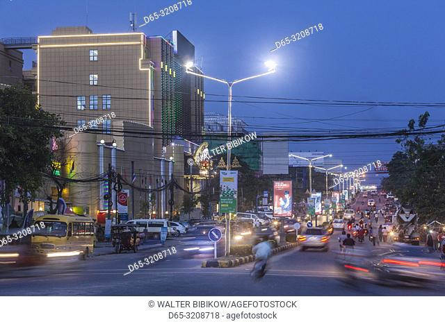 Cambodia, Sihanoukville, Ekareach Street, evening