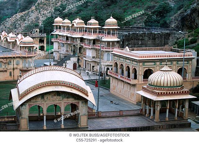 India, Rajasthan, Jaipur, Galta hindu Temple, Galta Valley