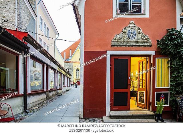 The smallest house in the medieval Old city. Tallinn, Harju County, Estonia, Baltic states, Europe