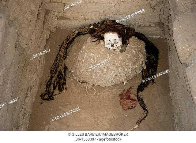 Mummy of the Ica-Chincha culture, Chauchilla Cemetery, Nasca or Nazca, Peru, South America