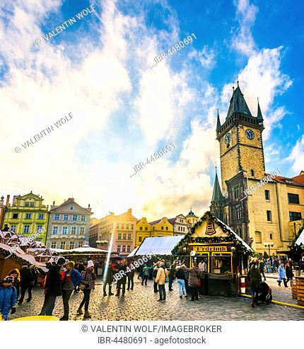 Old Town Hall, Christmas market on the Old Town Square, historic centre, Prague, Bohemia, Czech Republic