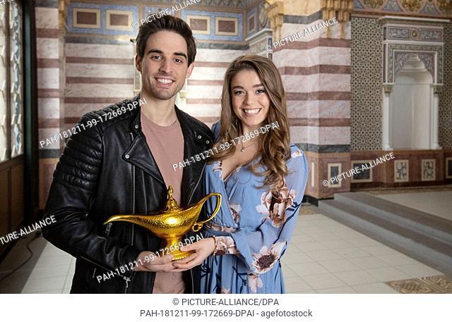 "10 December 2018, Baden-Wuerttemberg, Stuttgart: Philipp Büttner (Aladdin) and Nienke Latten (Princess Jasmin), the main actors of the musical """"Aladdin"""""