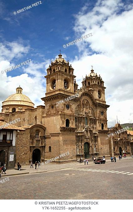 View of the jesuit church 'La Compañia de Jesus' in the city of Cusco, Peru