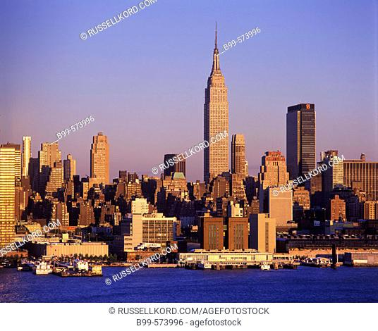 Empire State Building, Midtown Skyline, Manhattan, New York, USA