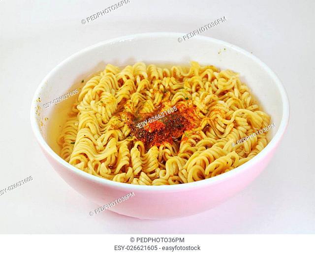 instant noodle soft boiled in bowl