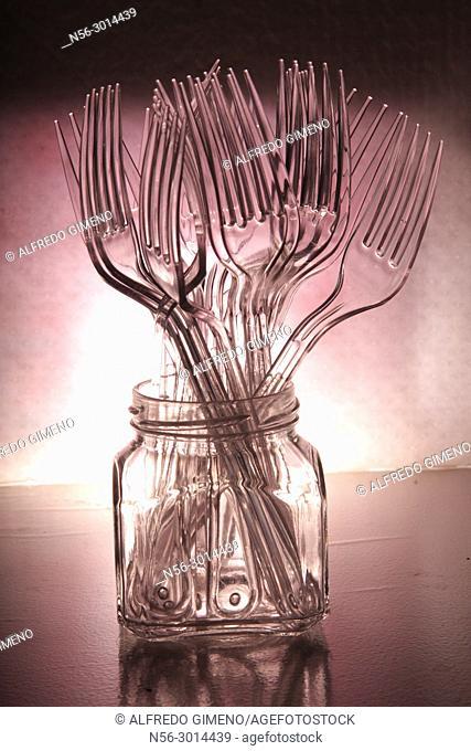 plastic forks set