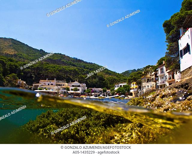 Sa Tuna Beach, Begur, Baix Empordá, Costa Brava, Girona Province, Catalonia, Spain