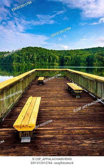 Benches on a small pier at Lake Oolenoy, Table Rock State Park