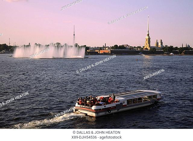 Russia, St Petersburg, Peter and Paul Fortress, Cathedral of SS Peter and Paul, Neva River, Tourist Boat
