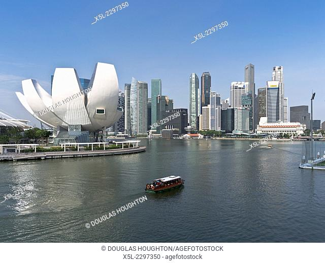 MARINA BAY SINGAPORE Bumboat river cruise tour water taxi The