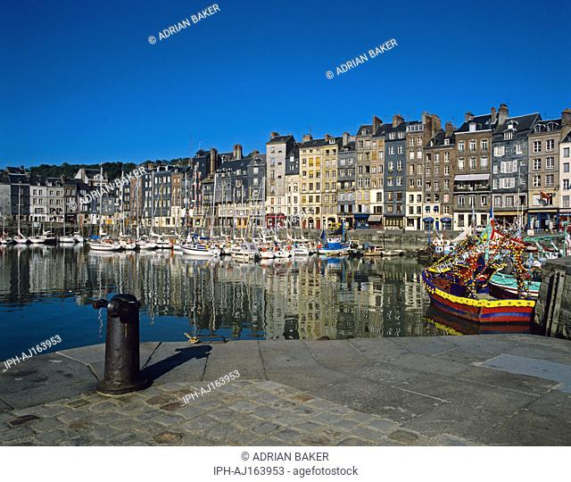 Honfleur - The picturesque old harbour