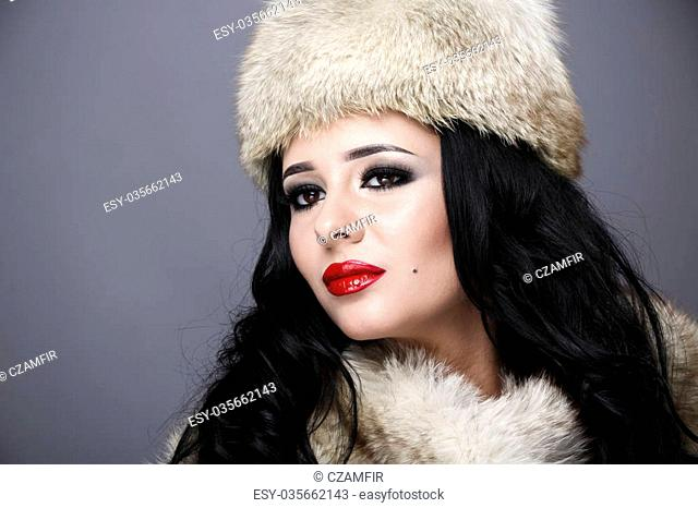 Fur Hat Fur Fox Stock Photos And Images Age Fotostock