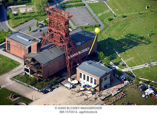Aerial view, Graf Bismarck 2, 6, 9, Schachtzeichen mine indicators, Schachtzeichen RUHR.2010 art installation, Gelsenkirchen, Ruhrgebiet region