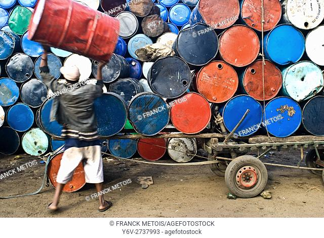 Barrels storage. They are intended for sale. At Toamasina ( Madagascar)
