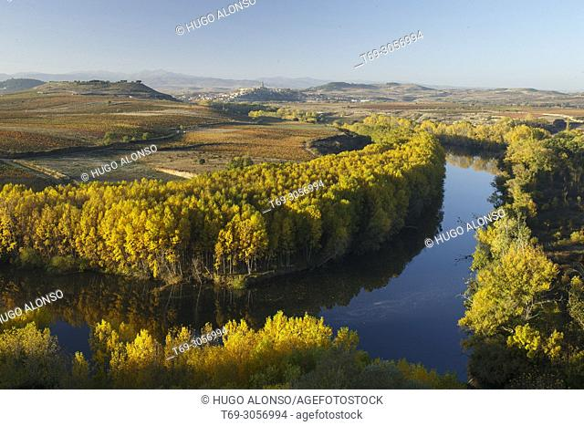 Ebro river from San Vicente de la Sonsierra. La Rioja. Spain