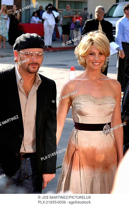 The Stepford Wives Premiere 6-6-2004 Faith Hill and Tim McGraw Photo by Joe Martinez