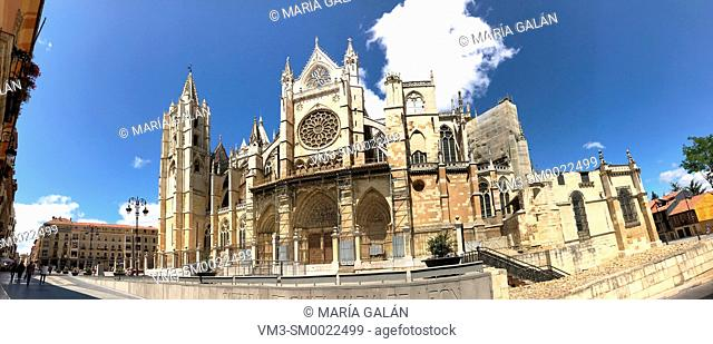 Gothic cathedral, panoramic view. Leon, Spain