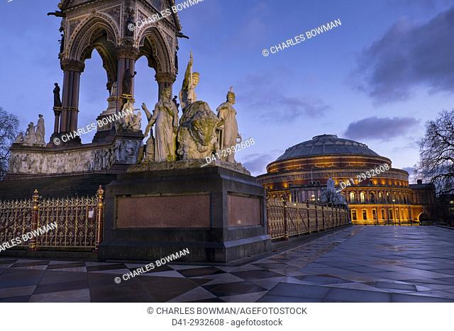 UK, england, London, Albert Memorial Hall dusk