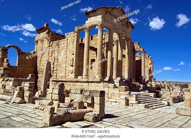The Capitol Temples Capitolium, Roman ruin of Sbeitla, Tunisia, North Africa, Africa