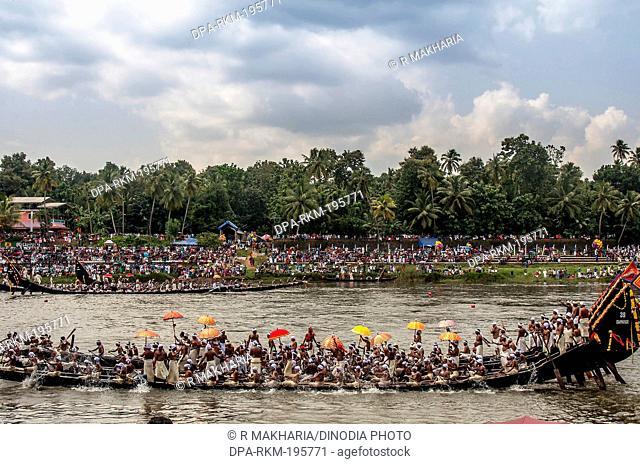 Snake boat race, onam festival, kerala, india, asia