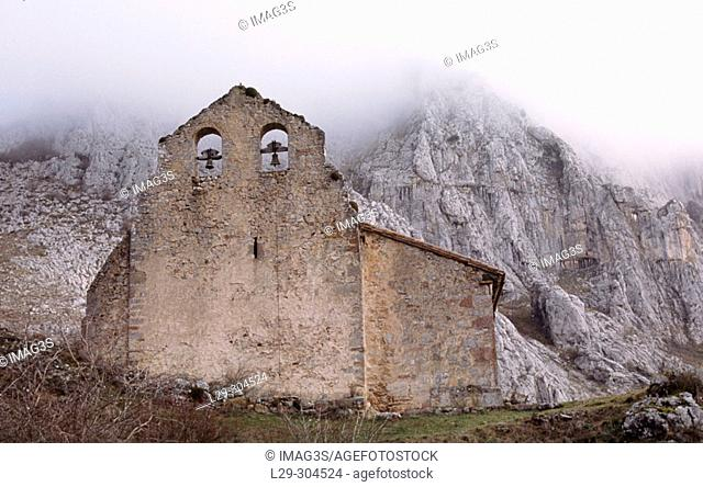Ermita de Pruneda in Rabanal de Luna, Luna river valley. León province, Spain