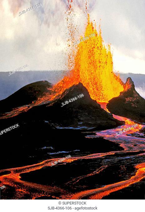 Massive Eruption of Kilauea Volcano, Hawaii