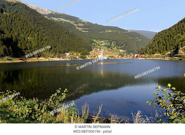 Turkey, Black Sea Region, village and lake Uzungoel