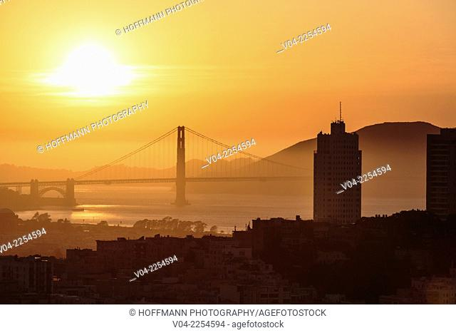 San Francisco skyline and Golden Gate Bridge at sunset, California, USA
