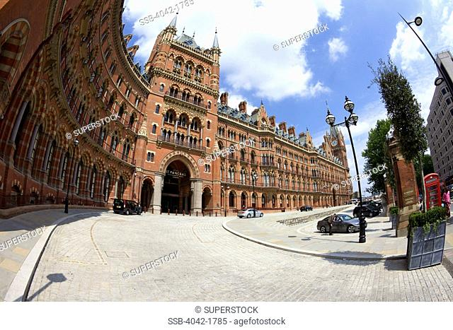 UK, England, London, Kings Cross St Pancras Eurostar Terminal Railway Station and St Pancras Hotel exterior