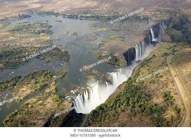 Zimbabwe / Zambia - Aerial view of the Zambezi River and the Victoria Falls (1700m wide)