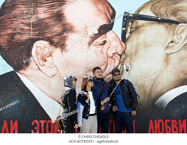 Murals form the East Side Gallery, a 1.3?km long section of the Berlin Wall, Berlin, Germany