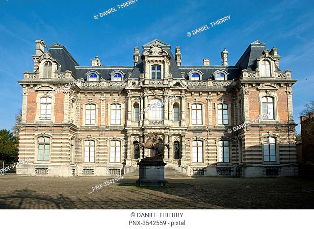 France. Champagne-Ardenne. The Marne. Epernay. Avenue of Champagne. The Castle Perrier, the museum of the Wine of Champagne