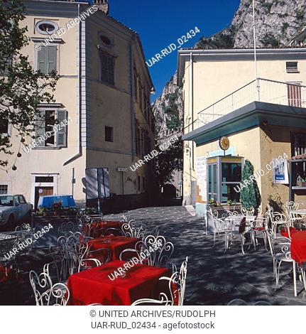 Urlaub in Limone sul Garda, Gardasee, Italien 1970er Jahre. Vacation in Limone sul Garda, Lake Garda, Italy 1970s