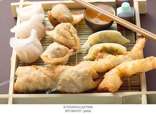 Asian appetiser platter to take away