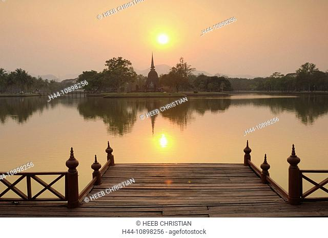 Sunset, view, pond, Wat Sa Si, Sukhothai, Historical Park, UNESCO, World Heritage, Site, Thailand, Asia
