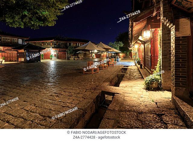 Lijiang Old Town in Yunnan, China at dusk