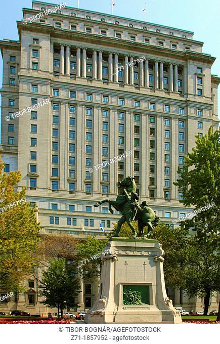 Canada, Quebec, Montreal, Dorchester Square, Sun Life Building
