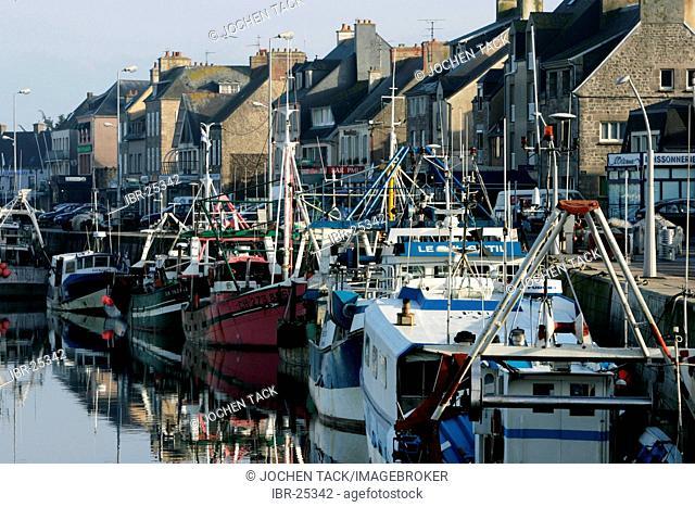FRA, France, Normandy: The Port of St. Vast la Hougue