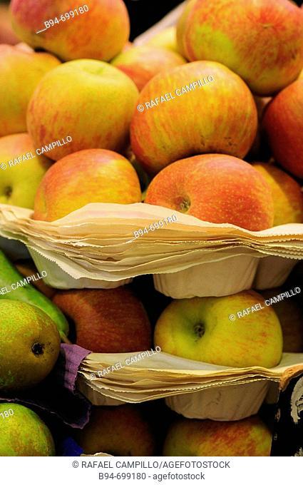 Apples, La Boqueria market, Barcelona. Catalonia, Spain