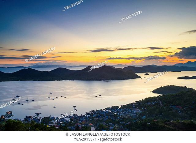 Sunset from Mount Tapyas View Deck over the Calamian Islands, Busuanga Island, Palawan, Philippines