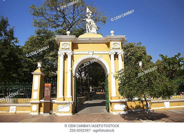 View to the Puerta Libertad Door at Parque Del Centenario Park at the historic center, Cartagena, Cartagena de Indias, Bolivar, Colombia, South America