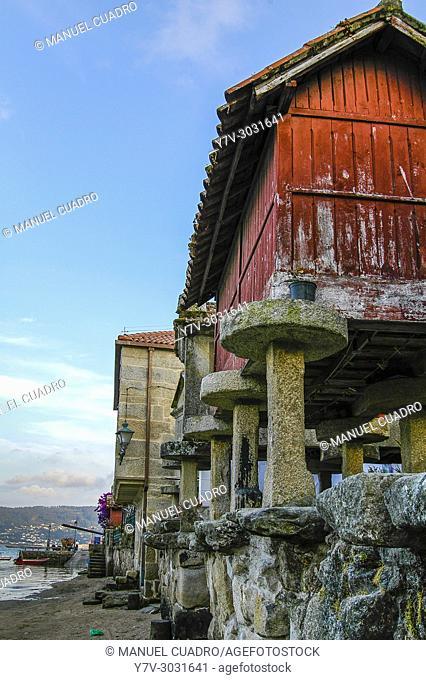 View of Combarro, Province of Pontevedra, Galicia, Spain