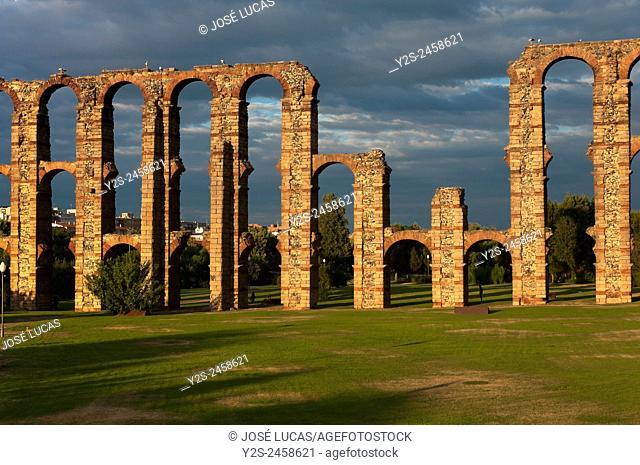 Roman aqueduct of Los Milagros, Merida, Badajoz province, Region of Extremadura, Spain, Europe