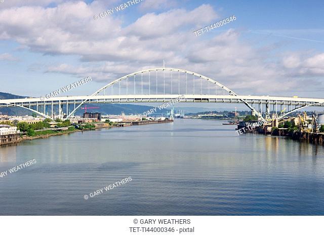 Freemont bridge over Willamette river