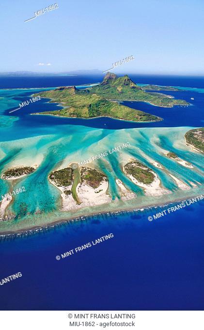 Bora Bora aerial, Tahiti