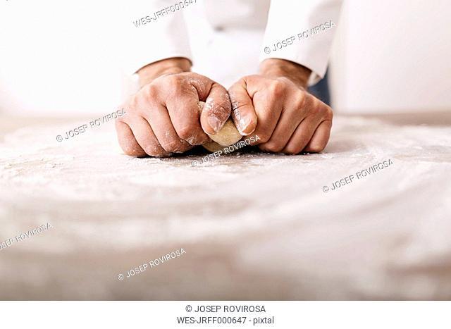 Chef preparing dough for ravioli