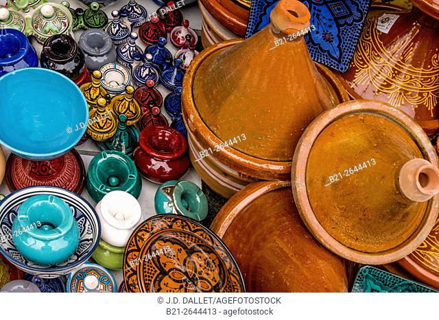 Handicrafts, ceramics, Morocco