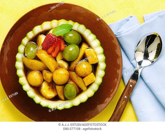 Caramelized melon with fruits